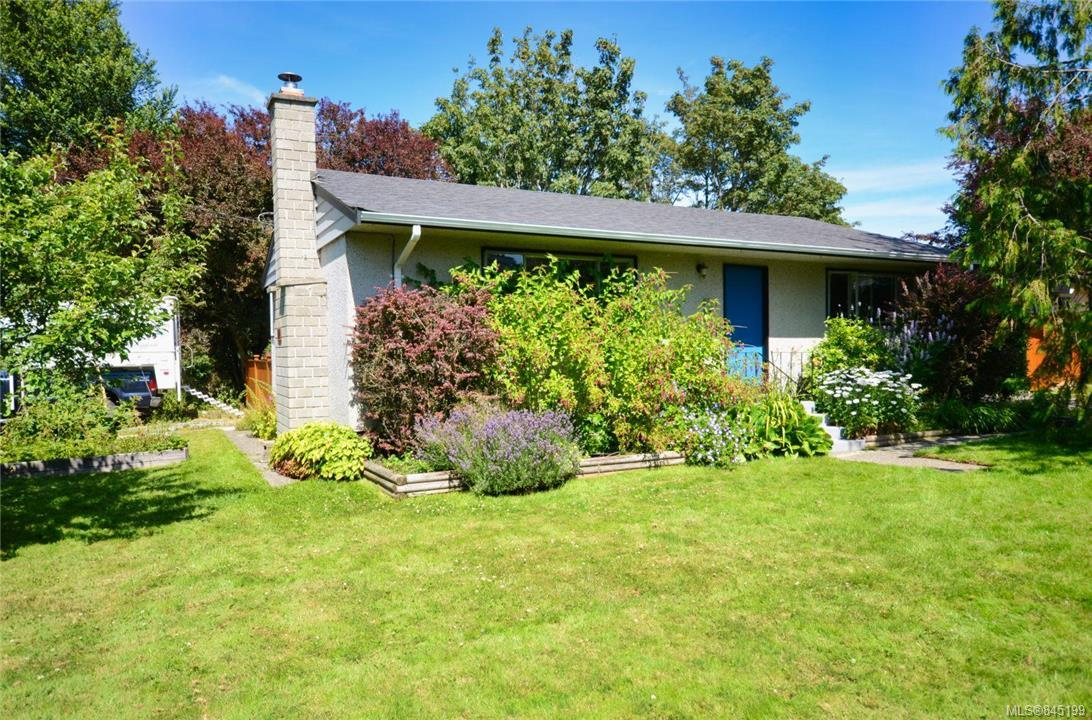 FEATURED LISTING: 790 Middleton St Saanich