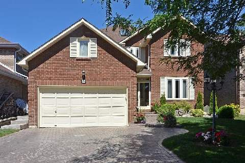 Main Photo: 14 Camborne Court in Markham: Unionville House (2-Storey) for sale : MLS® # N2839320