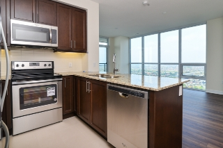 Main Photo: 3507 3975 Grand Park Drive in mississauga: City Centre Condo for sale (Mississauga)