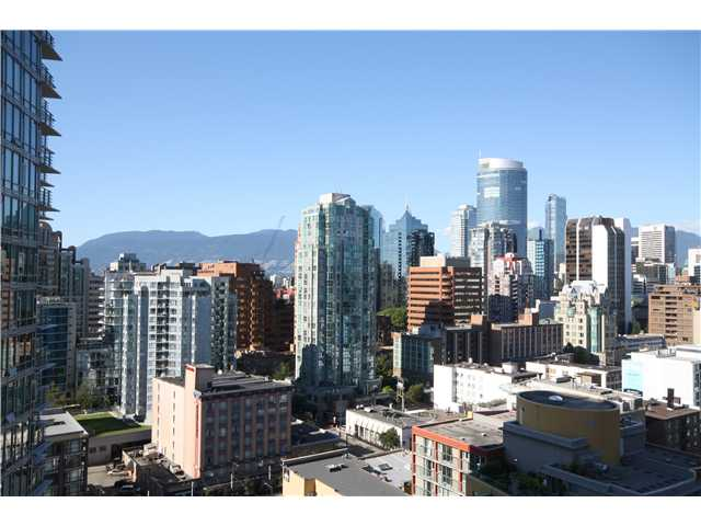 "Main Photo: # 1203 1238 SEYMOUR ST in Vancouver: Downtown VW Condo for sale in """"SPACE"""" (Vancouver West)  : MLS® # V970162"