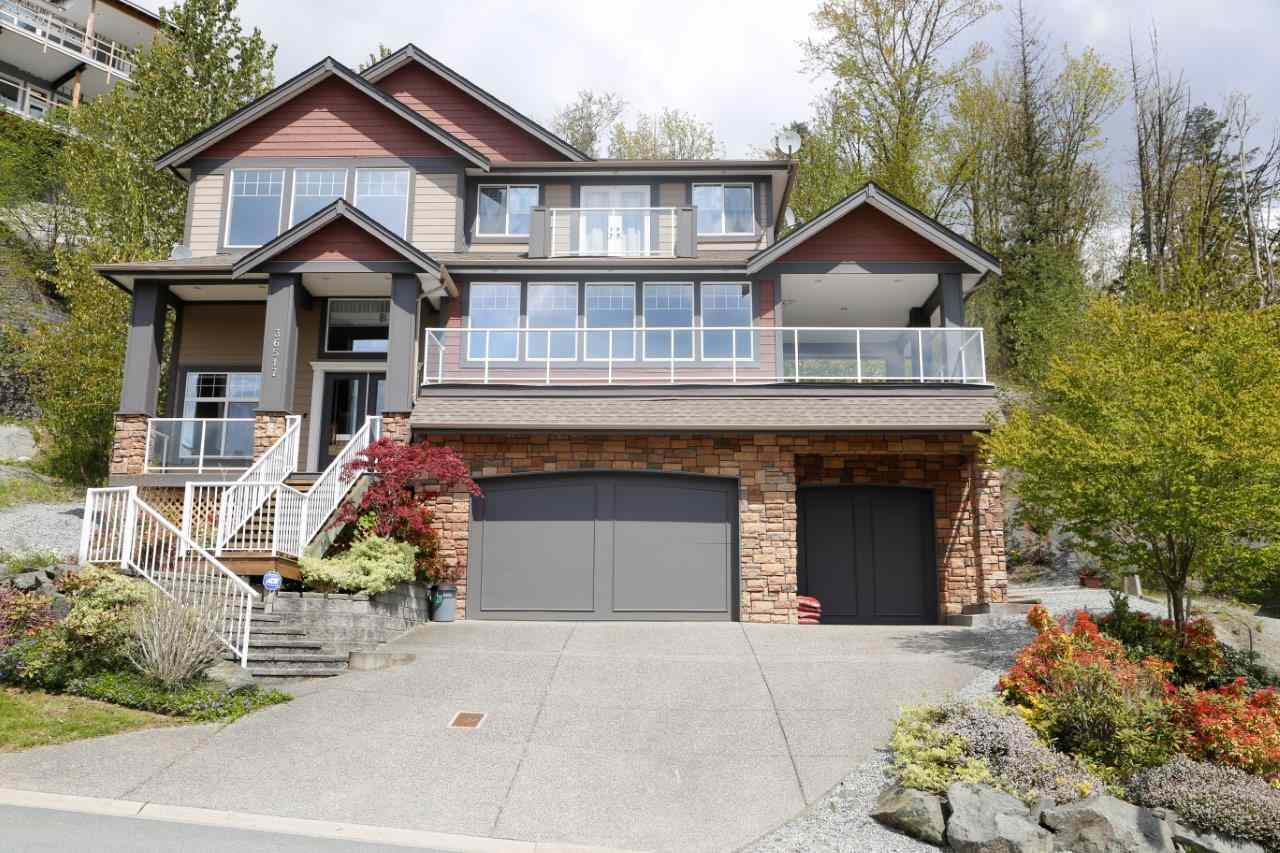 FEATURED LISTING: 36517 CARNARVON Court Abbotsford