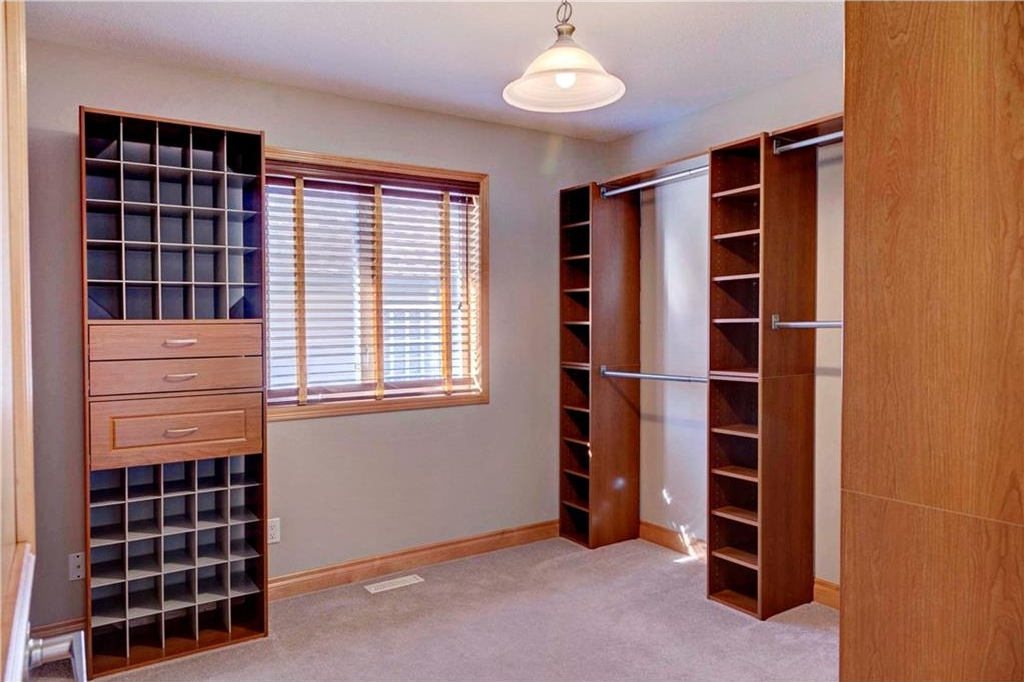 Second bedroom - previously used as walk-in closet, can be easily converted back to bedroom.