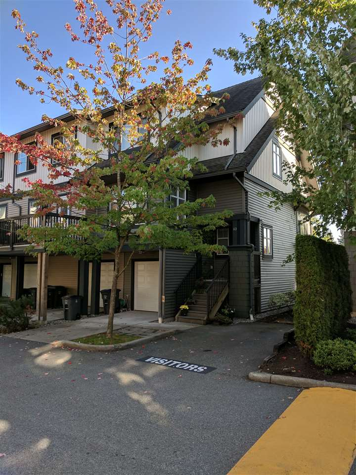 "Main Photo: 60 16233 83 Avenue in Surrey: Fleetwood Tynehead Townhouse for sale in ""VERANDA"" : MLS®# R2208901"