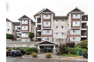 "Main Photo: 119 19673 MEADOW GARDENS Way in Pitt Meadows: North Meadows PI Condo for sale in ""The Fairways"" : MLS® # R2228449"