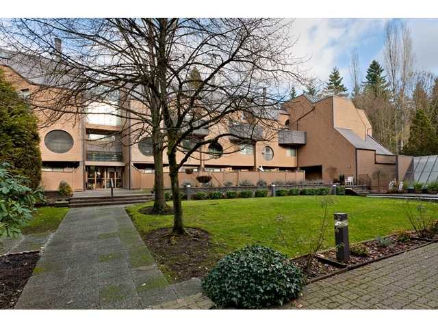 "Main Photo: 102 585 AUSTIN Avenue in Coquitlam: Coquitlam West Townhouse for sale in ""BRANDYWINE PARK"" : MLS®# V927448"