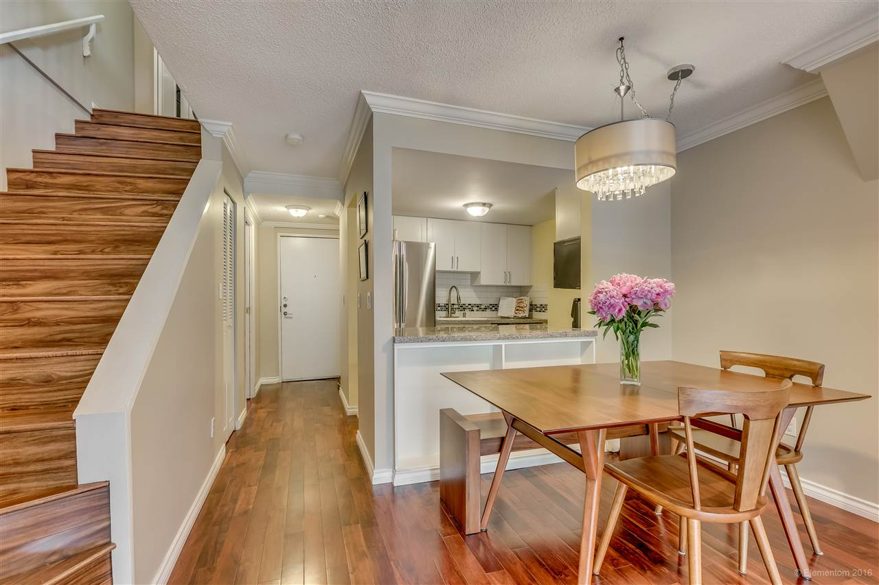 "Main Photo: 105 2455 YORK Avenue in Vancouver: Kitsilano Condo for sale in ""Green Wood York"" (Vancouver West)  : MLS®# R2100084"