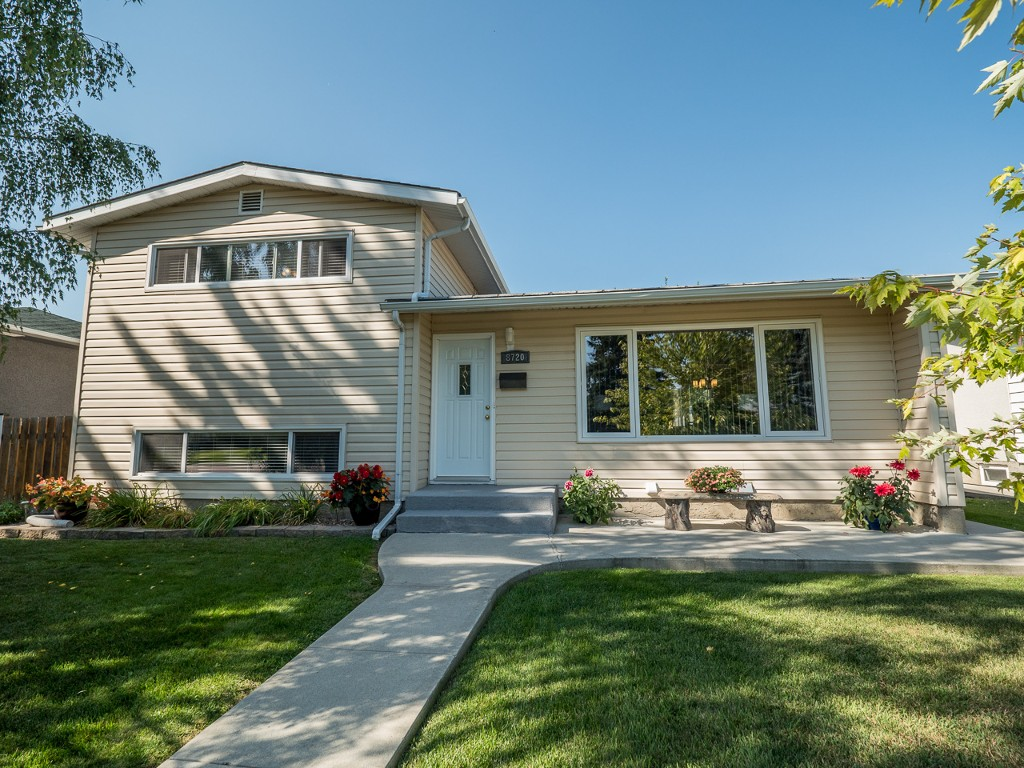 Main Photo:  in : West Meadowlark Park House for sale (Edmonton)