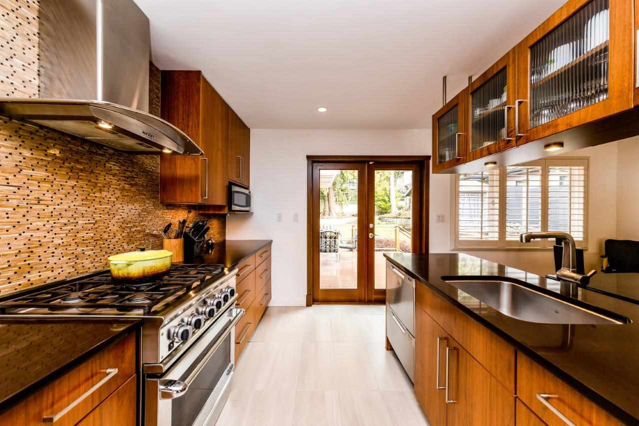 FEATURED LISTING: 948 PROSPECT Avenue North Vancouver