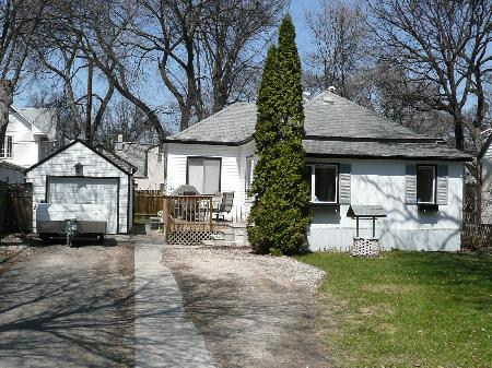 Main Photo: 47 Elm Park Road: Residential for sale (St. Vital)  : MLS® # 2807186