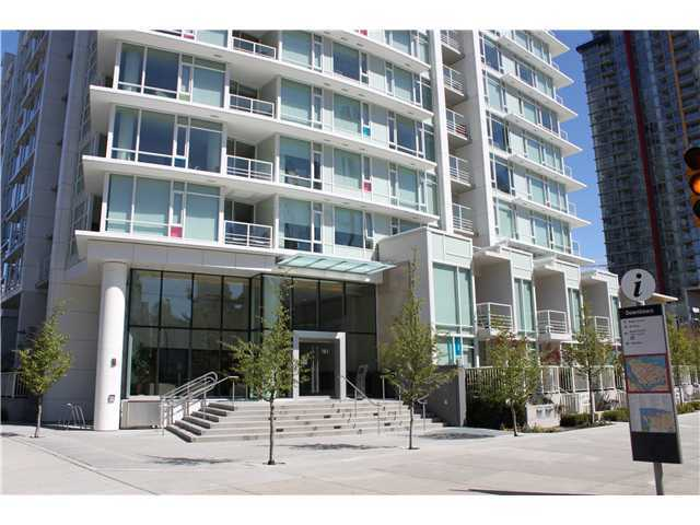 Main Photo: 1909 161 W GEORGIA Street in Vancouver: Downtown VW Condo for sale (Vancouver West)  : MLS® # V1042891
