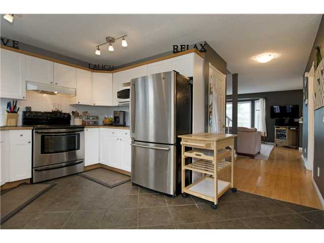 Photo 2: 186 ARBOUR GROVE Close NW in CALGARY: Arbour Lake Residential Detached Single Family for sale (Calgary)  : MLS® # C3622791