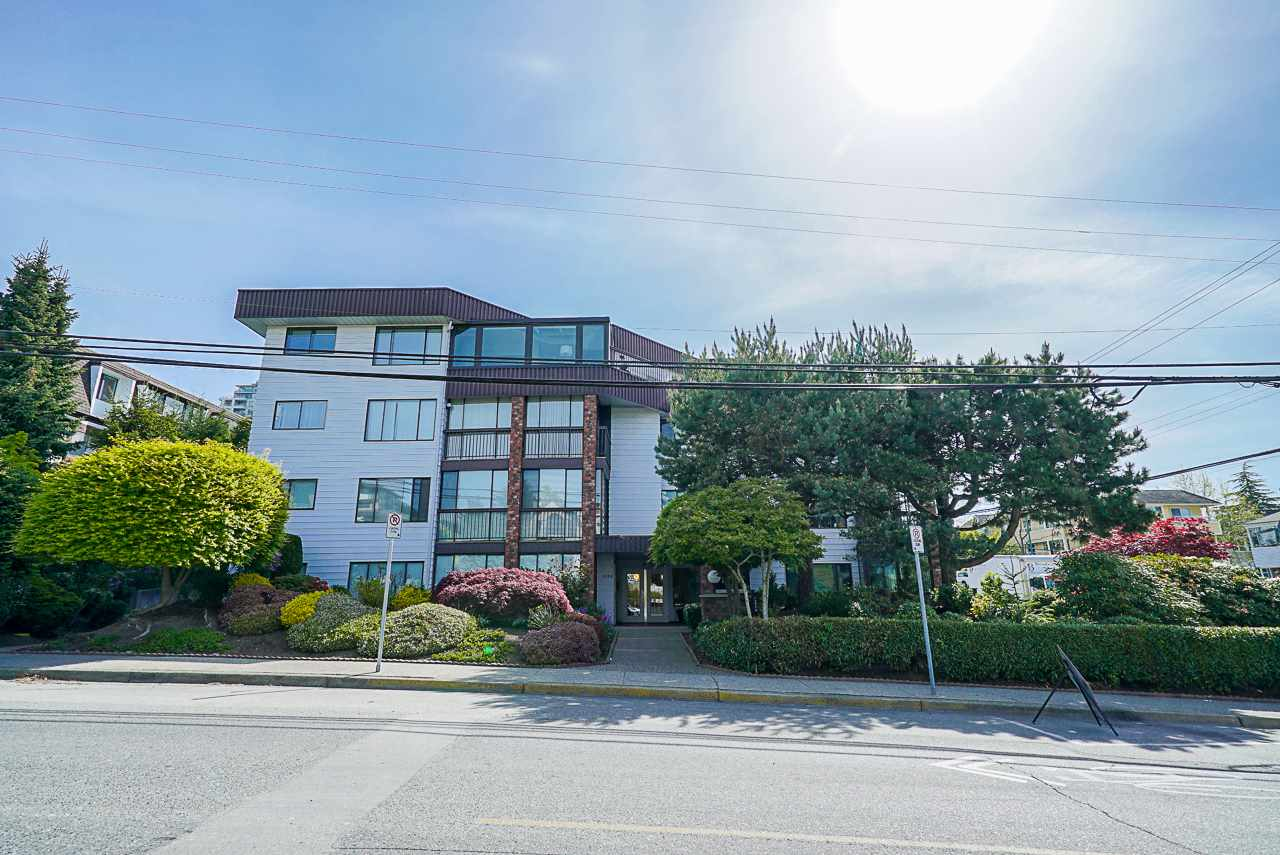 FEATURED LISTING: 202 1424 MARTIN Street White Rock