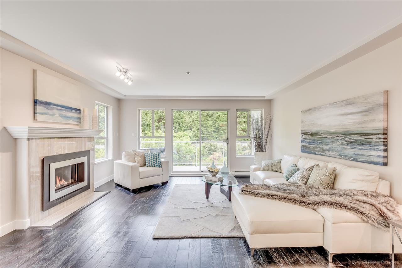 "Main Photo: 208 1283 PARKGATE Avenue in North Vancouver: Northlands Condo for sale in ""Parkgate Place"" : MLS(r) # R2177471"