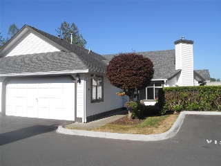 "Main Photo: 6 19649 53 Avenue in Langley: Langley City Townhouse for sale in ""Huntsfield Green"" : MLS® # R2192002"