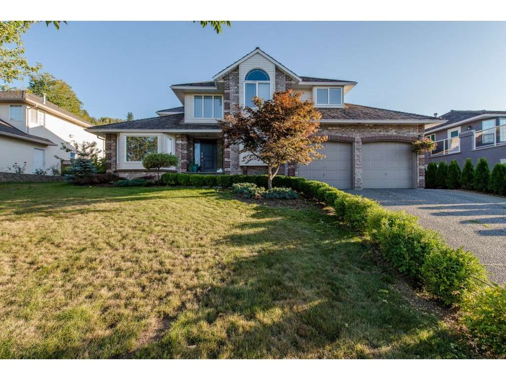 Main Photo: 46648 SYLVAN Drive in Sardis: Promontory House for sale : MLS®# R2205604