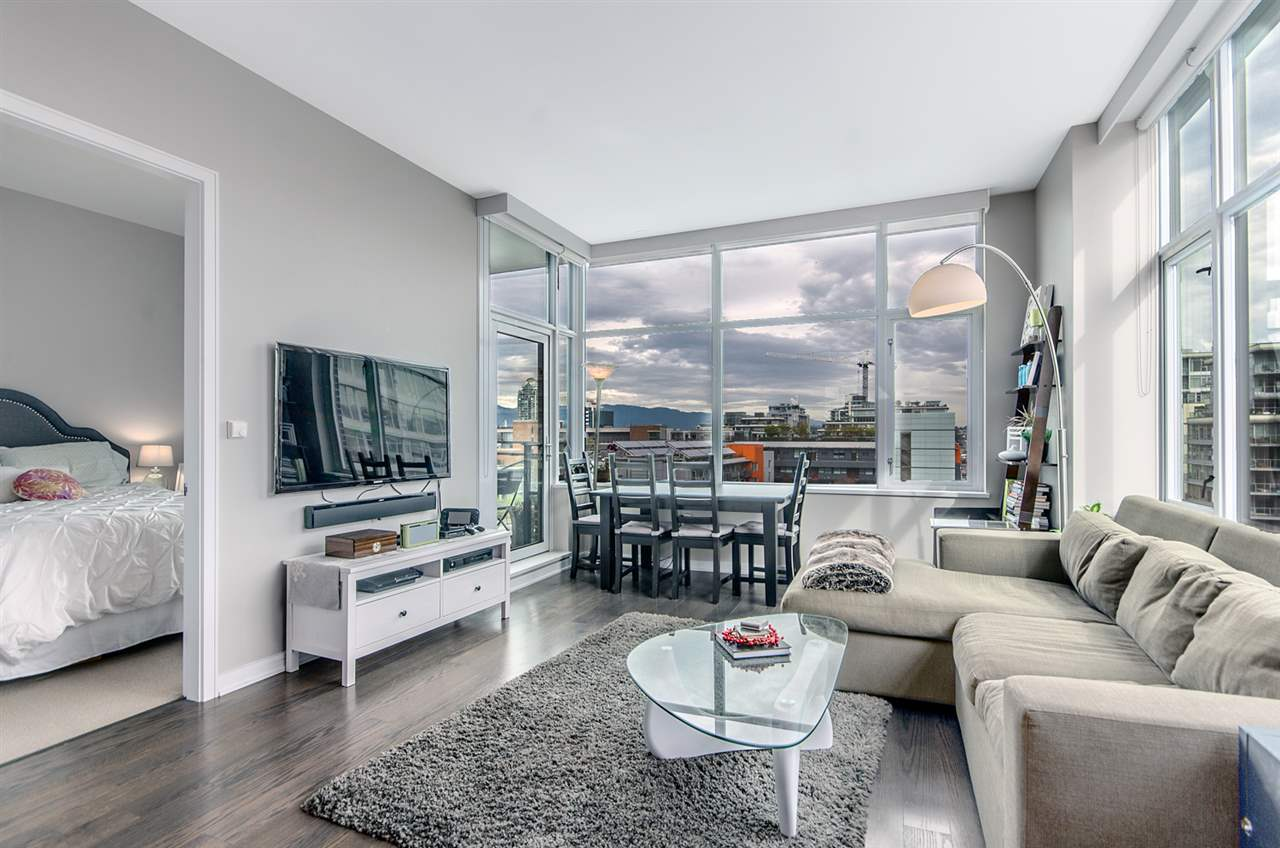 FEATURED LISTING: 1004 - 181 1ST Avenue West Vancouver