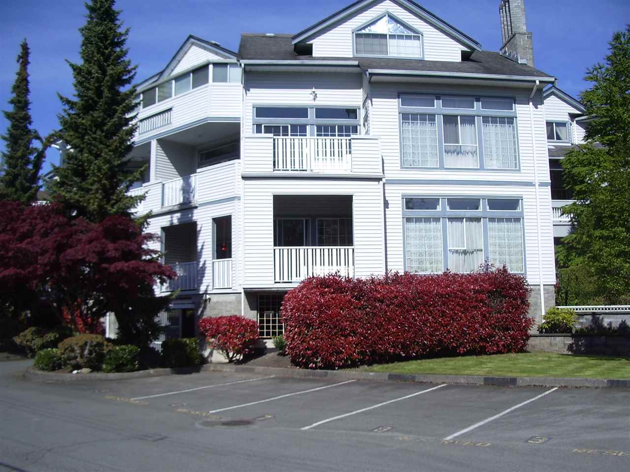 "Main Photo: 202 7660 MINORU Boulevard in Richmond: Brighouse South Condo for sale in ""BENTLEY WYND"" : MLS(r) # R2164723"