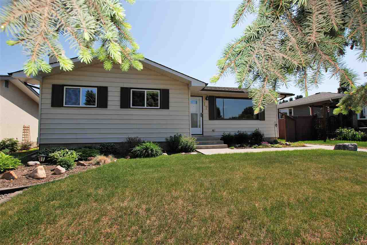 Main Photo: 17 Oatway Street: Spruce Grove House for sale : MLS®# E4128805
