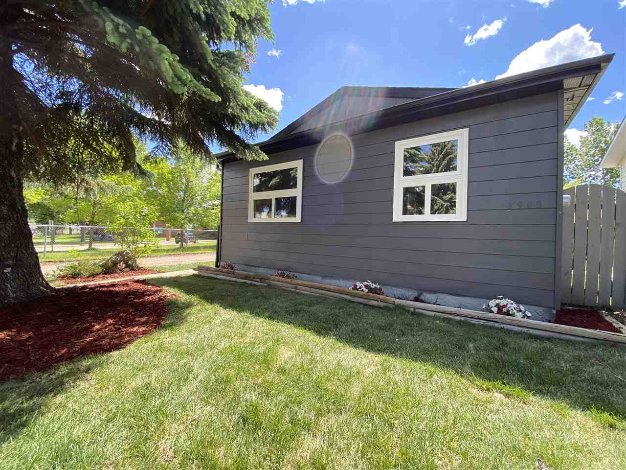FEATURED LISTING: 3903 41 Avenue Edmonton