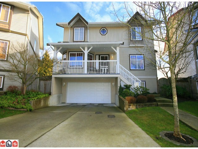 Main Photo: 20532 66A Avenue in Langley: Willoughby Heights House for sale : MLS® # F1203820