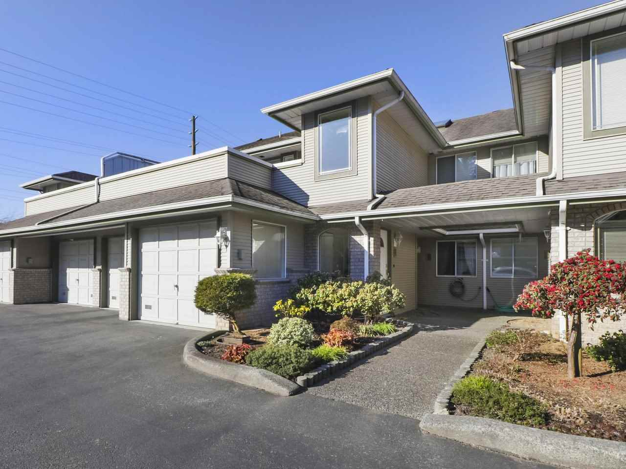FEATURED LISTING: 3 21491 DEWDNEY TRUNK Road Maple Ridge