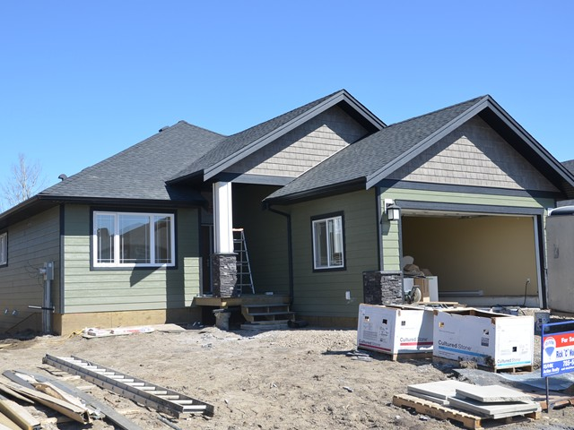 "Main Photo: 10312 118TH Avenue in Fort St. John: Fort St. John - City NW House for sale in ""GARRISON LANDING"" (Fort St. John (Zone 60))  : MLS®# N233853"