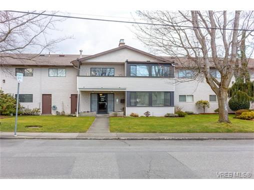 Main Photo: 306 3170 Irma Street in VICTORIA: Vi Burnside Condo Apartment for sale (Victoria)  : MLS® # 374456