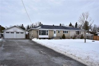 Main Photo: 218 Davidson Street in Pickering: Rural Pickering House (Bungalow) for sale : MLS® # E4045876