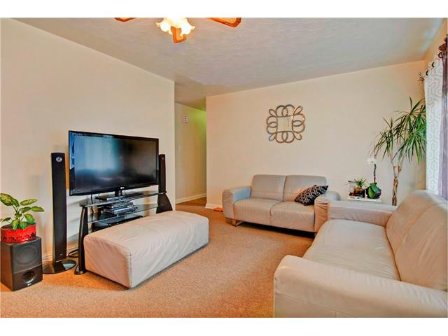 Photo 4: 4232 7 Avenue SW in Calgary: Rosscarrock House for sale : MLS® # C4078756