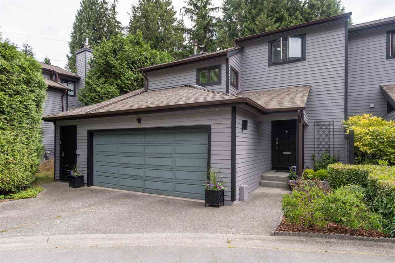 "Main Photo: 1991 CEDAR VILLAGE Crescent in North Vancouver: Westlynn Townhouse for sale in ""Bayberry"" : MLS®# R2186957"