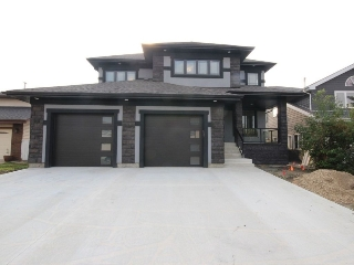 Main Photo:  in Edmonton: Zone 20 House for sale : MLS® # E4078936