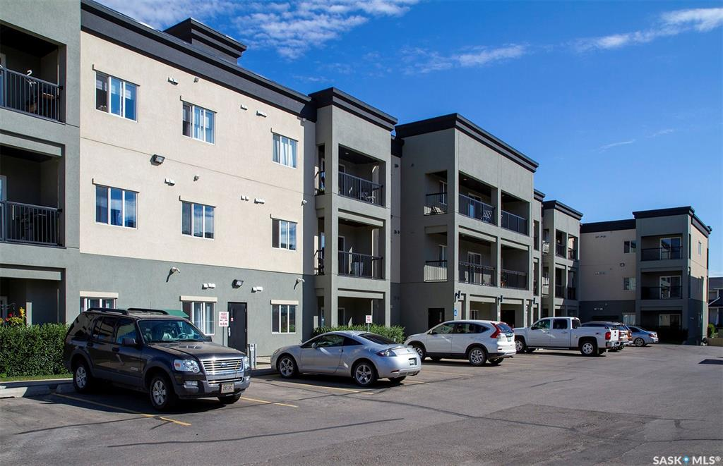 FEATURED LISTING: 312 - 106 Hampton Circle North Saskatoon