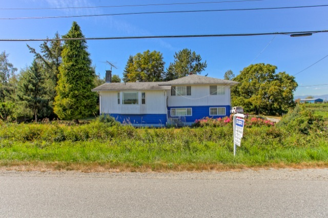 Main Photo: 17955 FORD ROAD DETOUR Road in Pitt Meadows: West Meadows House for sale : MLS®# R2102370