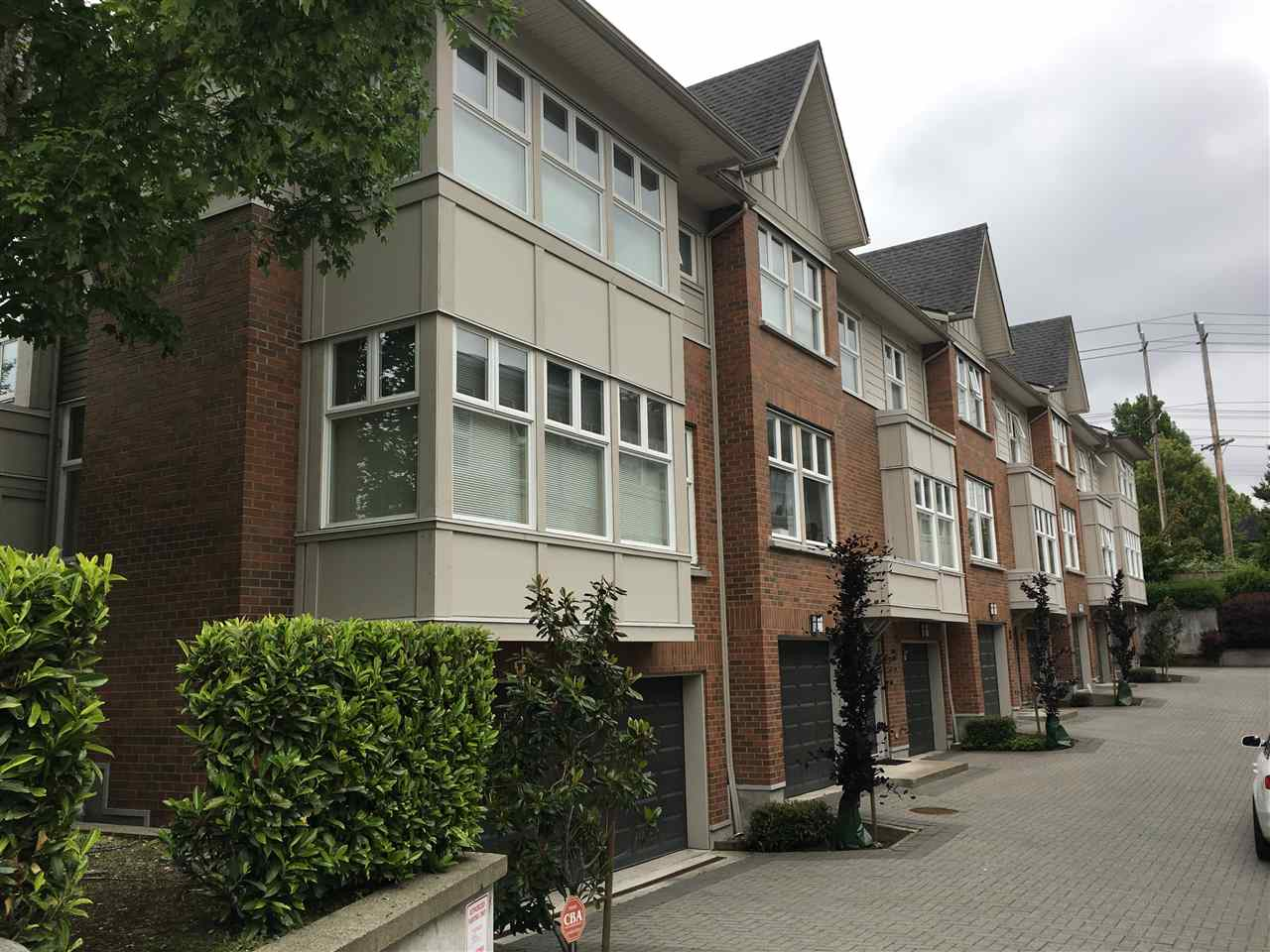 Main Photo: 6592 ARBUTUS Street in Vancouver: S.W. Marine Townhouse for sale (Vancouver West)  : MLS®# R2194199