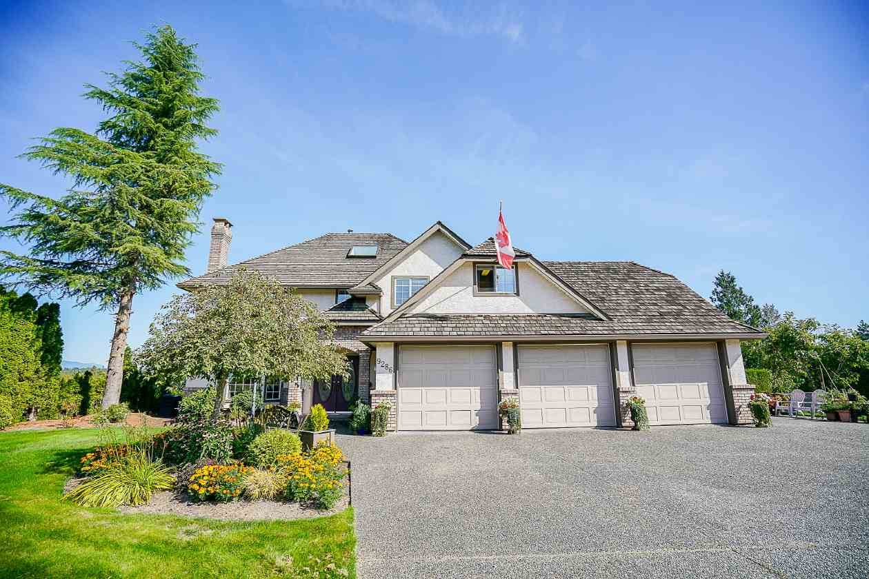 Main Photo: 9286 163A Street in Surrey: Fleetwood Tynehead House for sale : MLS® # R2206581