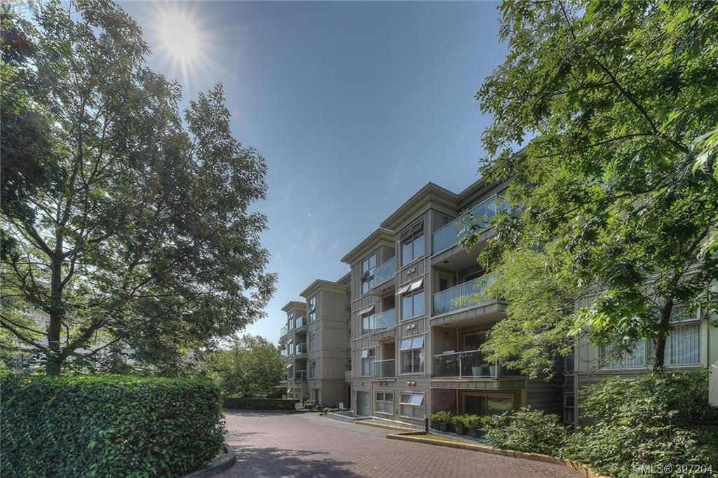 FEATURED LISTING: 406 - 535 Manchester Rd VICTORIA