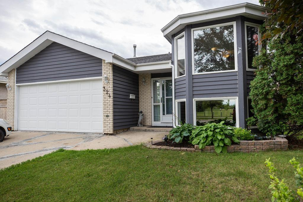 FEATURED LISTING: 324 Columbia Drive Winnipeg