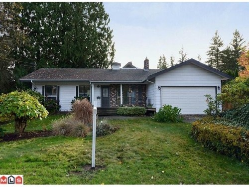 Main Photo: 19694 46TH Ave in Langley: Home for sale : MLS®# F1227030