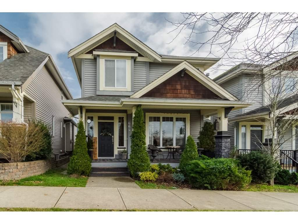"Main Photo: 6642 193A Street in Surrey: Clayton House for sale in ""Parkside"" (Cloverdale)  : MLS®# R2228048"