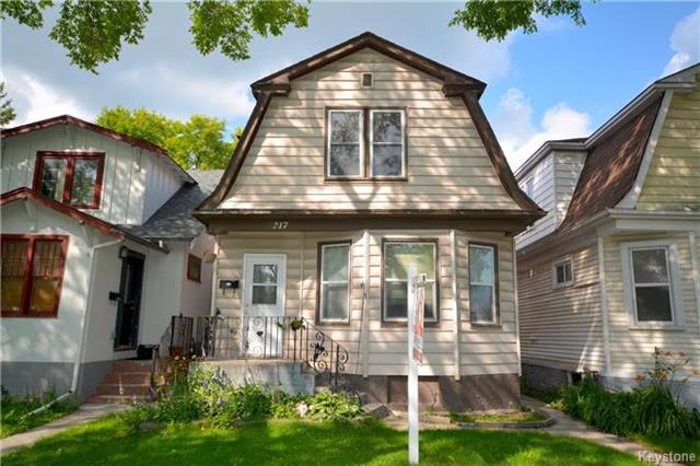 Main Photo: 217 Inkster Boulevard in Winnipeg: West Kildonan Residential for sale (4D)  : MLS®# 1803762