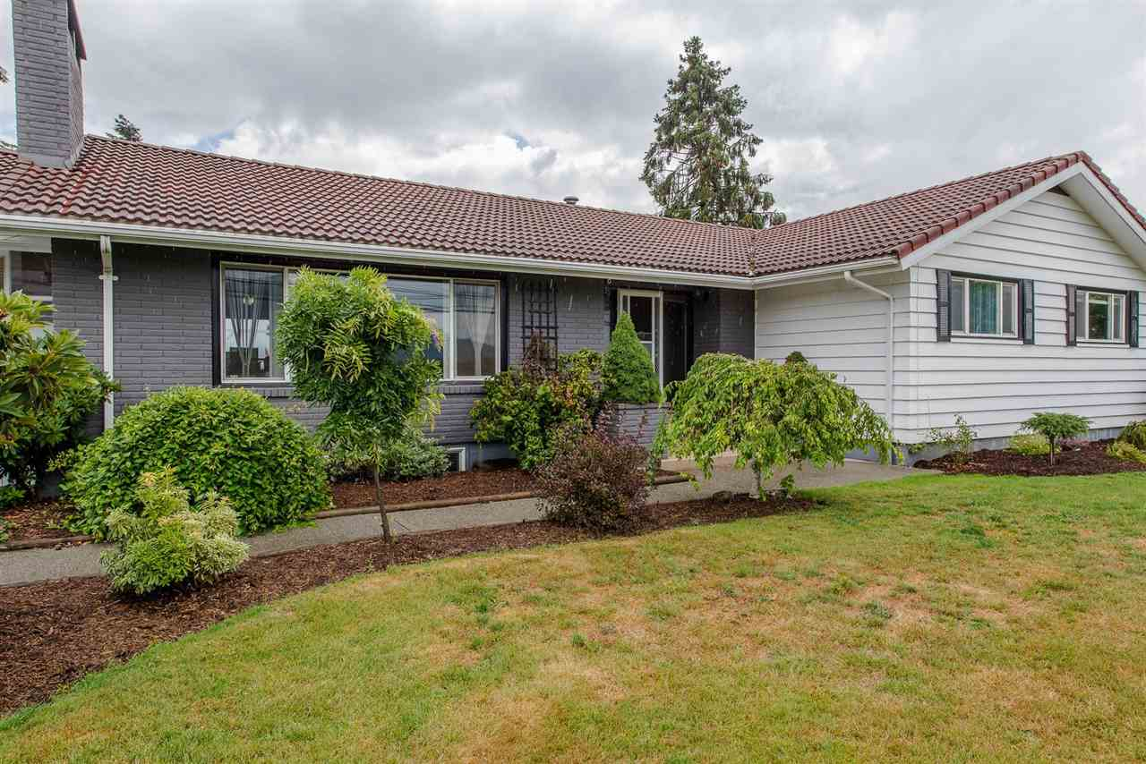 Main Photo: 6100 SUMAS PRAIRIE Road in Sardis - Greendale: Greendale Chilliwack House for sale (Sardis)  : MLS®# R2247694