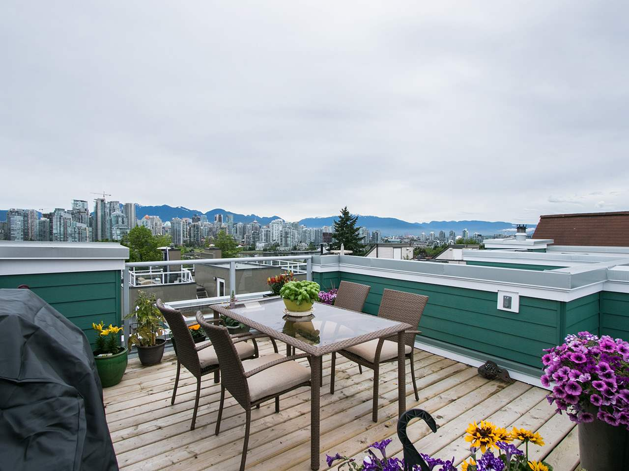 Main Photo: 7 1065 W 8TH Avenue in Vancouver: Fairview VW Townhouse for sale (Vancouver West)  : MLS(r) # R2179350