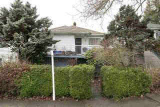 Main Photo: 3531 MARSHALL Street in Vancouver: Grandview VE House for sale (Vancouver East)  : MLS®# R2232573