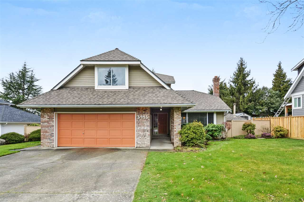 "Main Photo: 5445 185 Street in Surrey: Cloverdale BC House for sale in ""HUNTER PARK"" (Cloverdale)  : MLS® # R2243893"