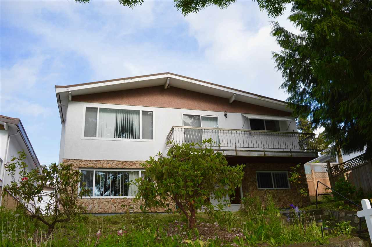 FEATURED LISTING: 5660 DUMFRIES Street Vancouver