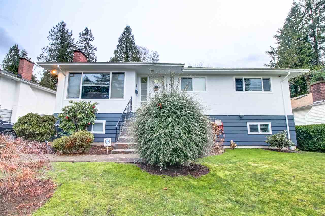 Main Photo: 11470 96A Avenue in Surrey: Royal Heights House for sale (North Surrey)  : MLS®# R2240677