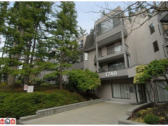 "Main Photo: # 211 1740 SOUTHMERE CR in Surrey: Sunnyside Park Surrey Condo for sale in ""Capstan Way -Spinnaker 11"" (South Surrey White Rock)  : MLS®# F1208526"