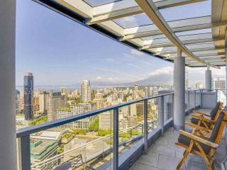 "Main Photo: PH3 833 SEYMOUR Street in Vancouver: Downtown VW Condo for sale in ""The Capitol"" (Vancouver West)  : MLS® # R2220730"
