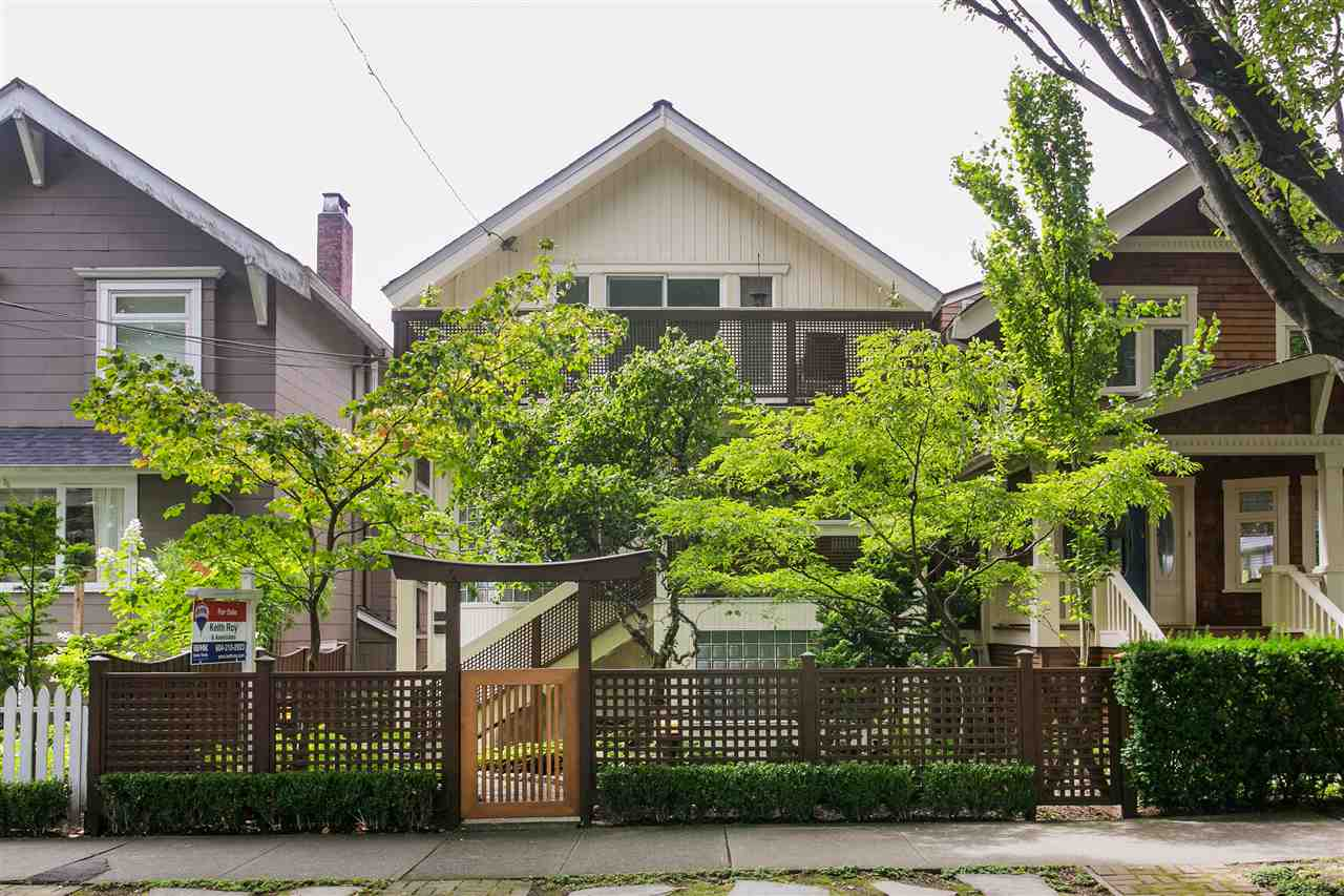 Main Photo: 2239 TRAFALGAR Street in Vancouver: Kitsilano House for sale (Vancouver West)  : MLS®# R2143876