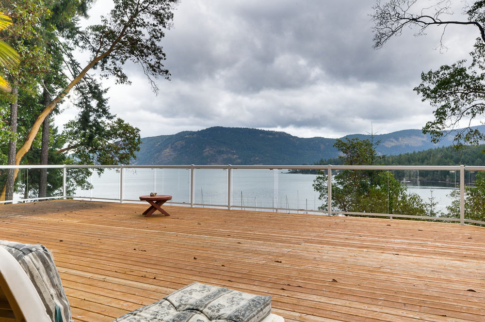 Main Photo: 6353 Genoa Bay Road in Duncan: Maple Bay Waterfront Home for sale : MLS®# 314093